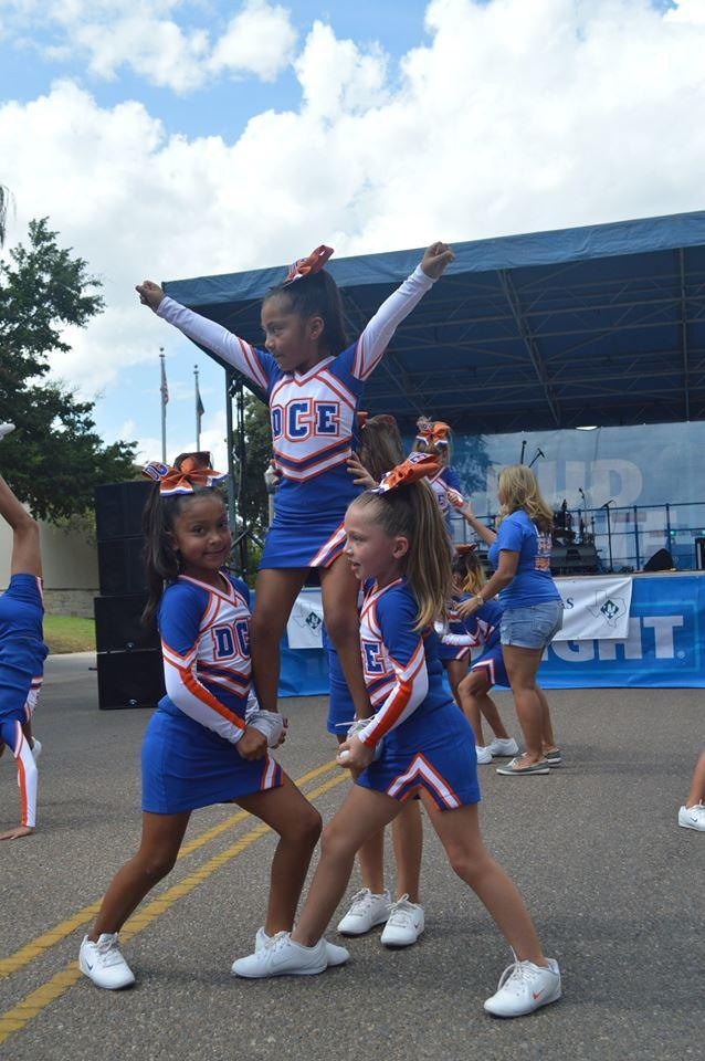 dr cash cheer