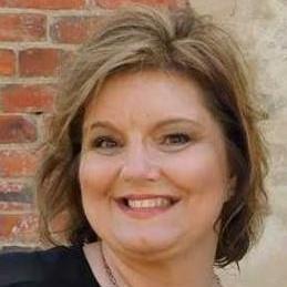 Lynne Wood's Profile Photo
