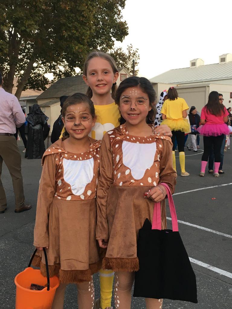 girls dressed as deer