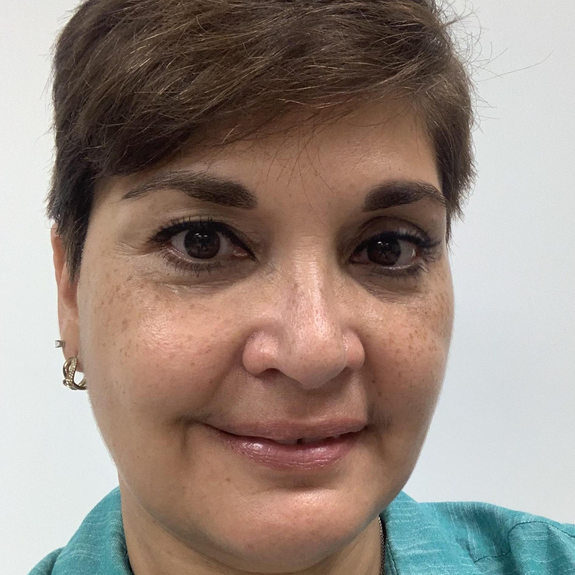 Evelyn Calderon's Profile Photo