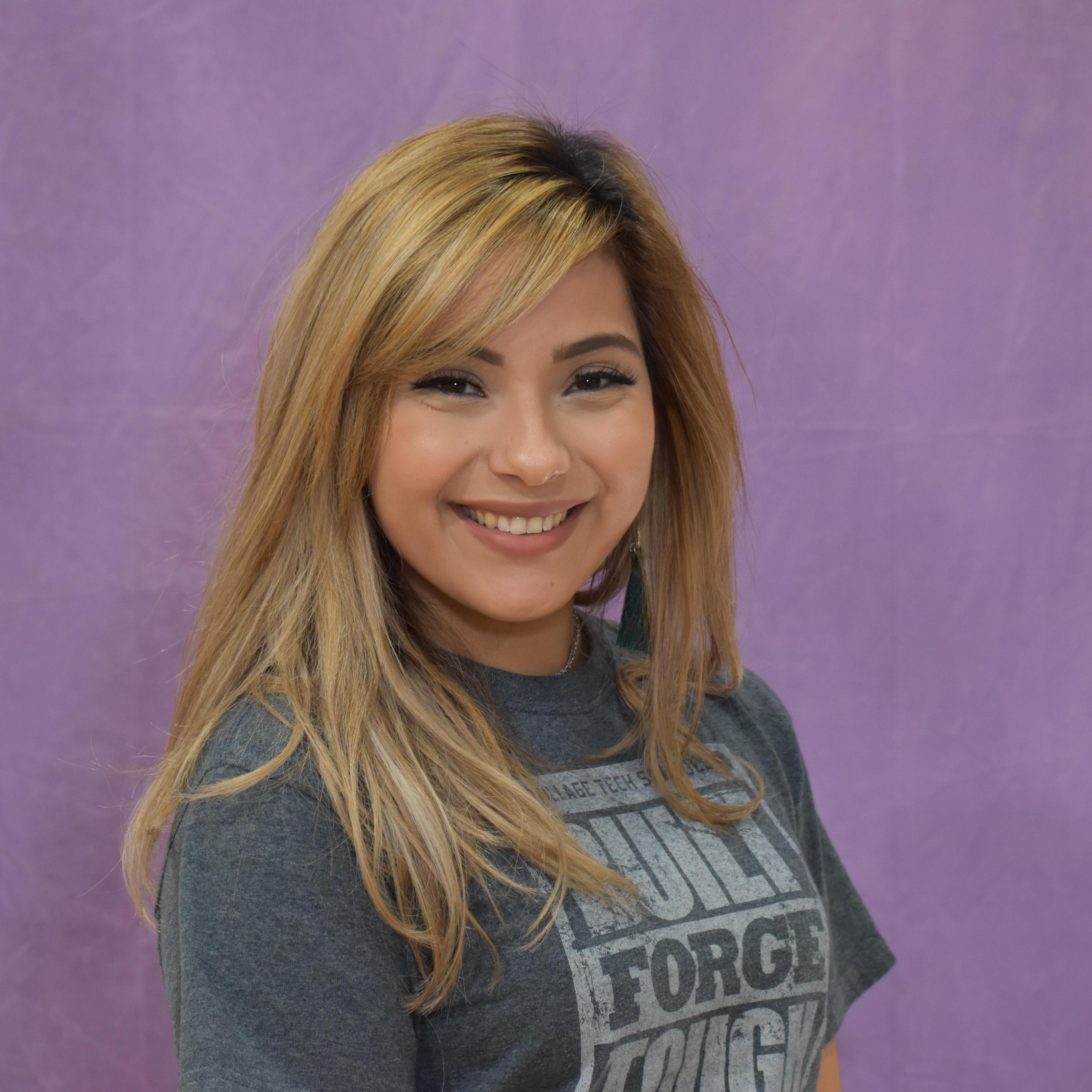 Janette Falcon's Profile Photo