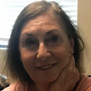 Carolyn Carr's Profile Photo