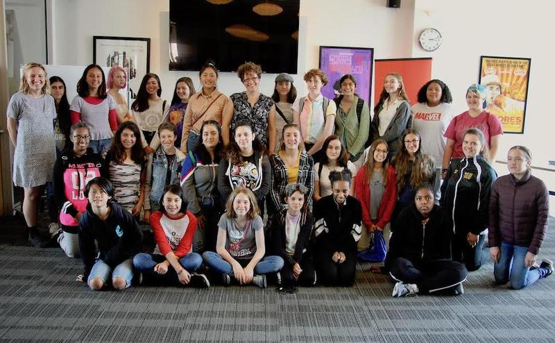 Group of students posed for Writers Workshop with Nicole Perlman