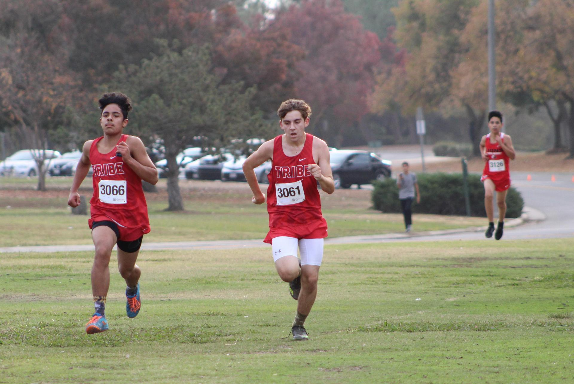 Carson Borba and Angel Gonzales coming to the finish line