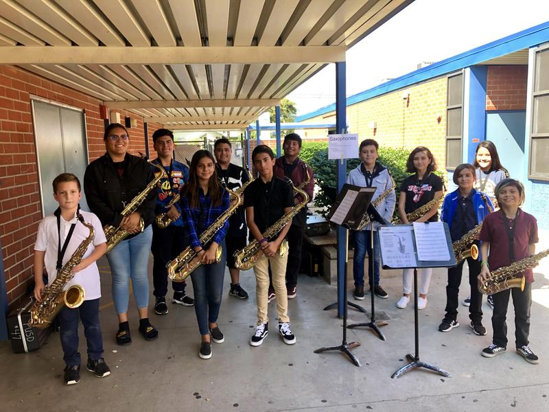 The Simons and Garey music students are taking advantage of the high school minimum days! In September we had all Garey student musicians walk over to Simons after school to tutor our 130 students. The students were able to build connections, collaborate together, and make music. The high schoolers even taught our students one of their fight songs. Deborah Vasquez students learned a lot and asked every week when the Garey students were coming back. We have invited them to come again on October 30th. #Proud2bepusd