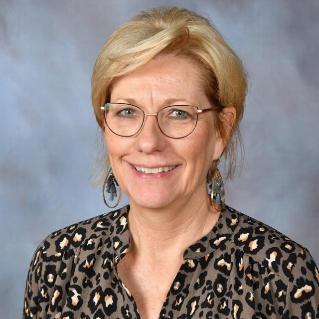 Julie Huff's Profile Photo