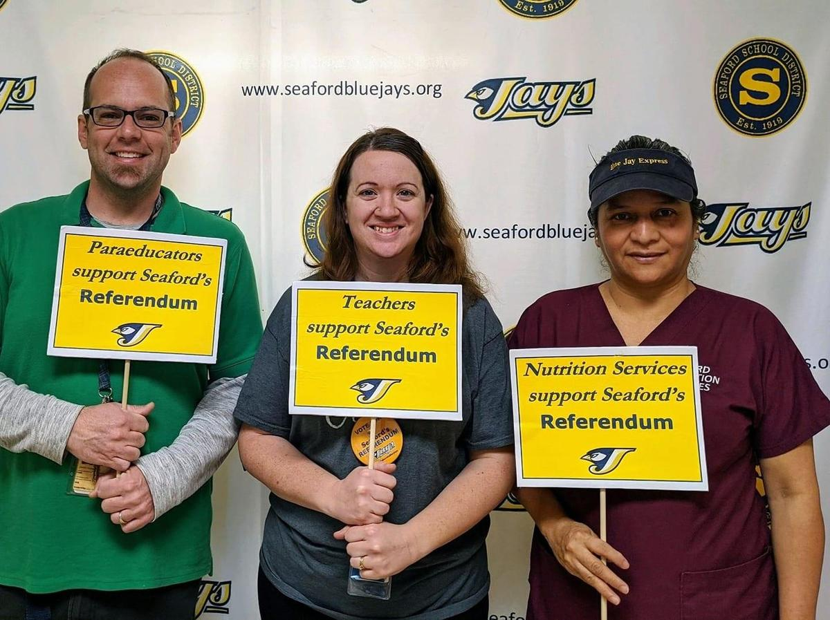 Teachers, Paraeducators, and Nutrition Services all support Seaford's Referendum