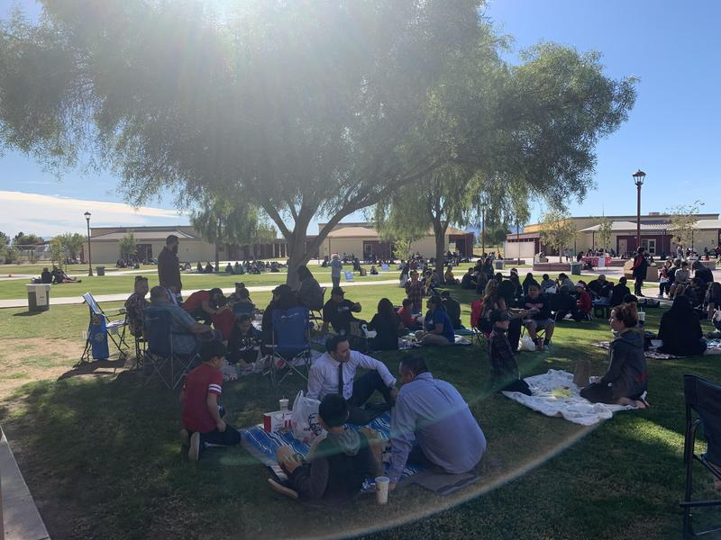 Kinder and 5th Grade's Lunch on the Lawn Event was a Success! Thumbnail Image