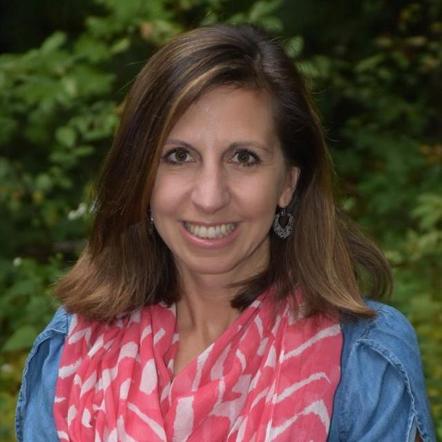 Janet Woof's Profile Photo