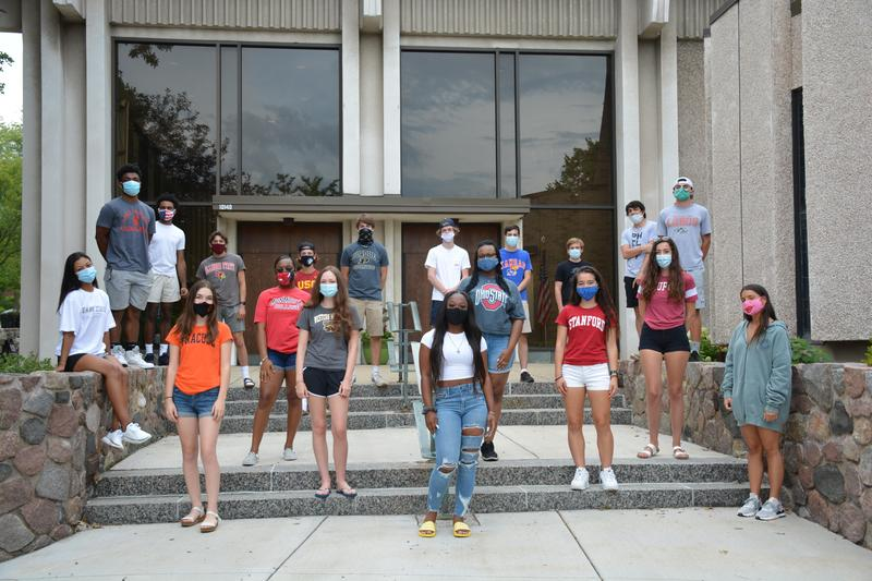 SB Class of 2016 Alumni Head to College! Featured Photo