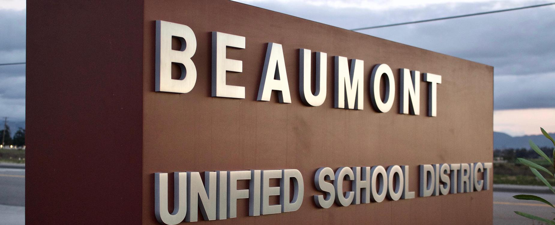 Beaumont Unified School District Sign