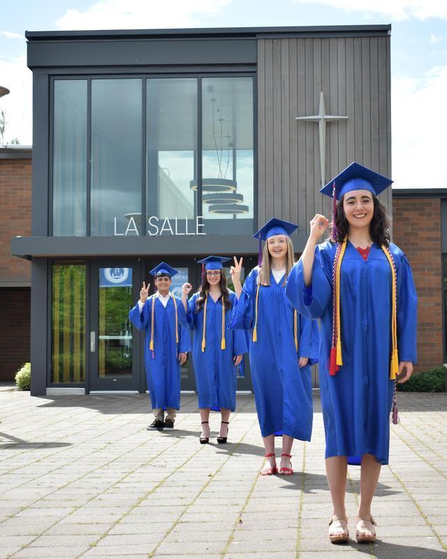 La Salle Graduates