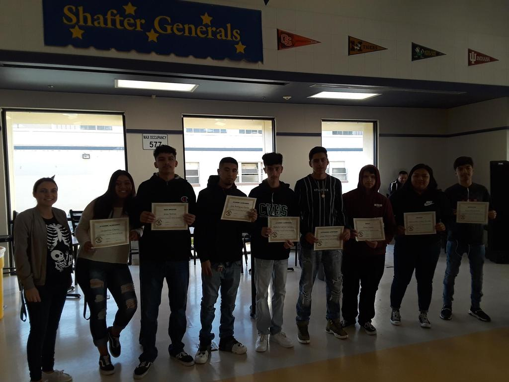 Mrs. Garcia's students receive their awards
