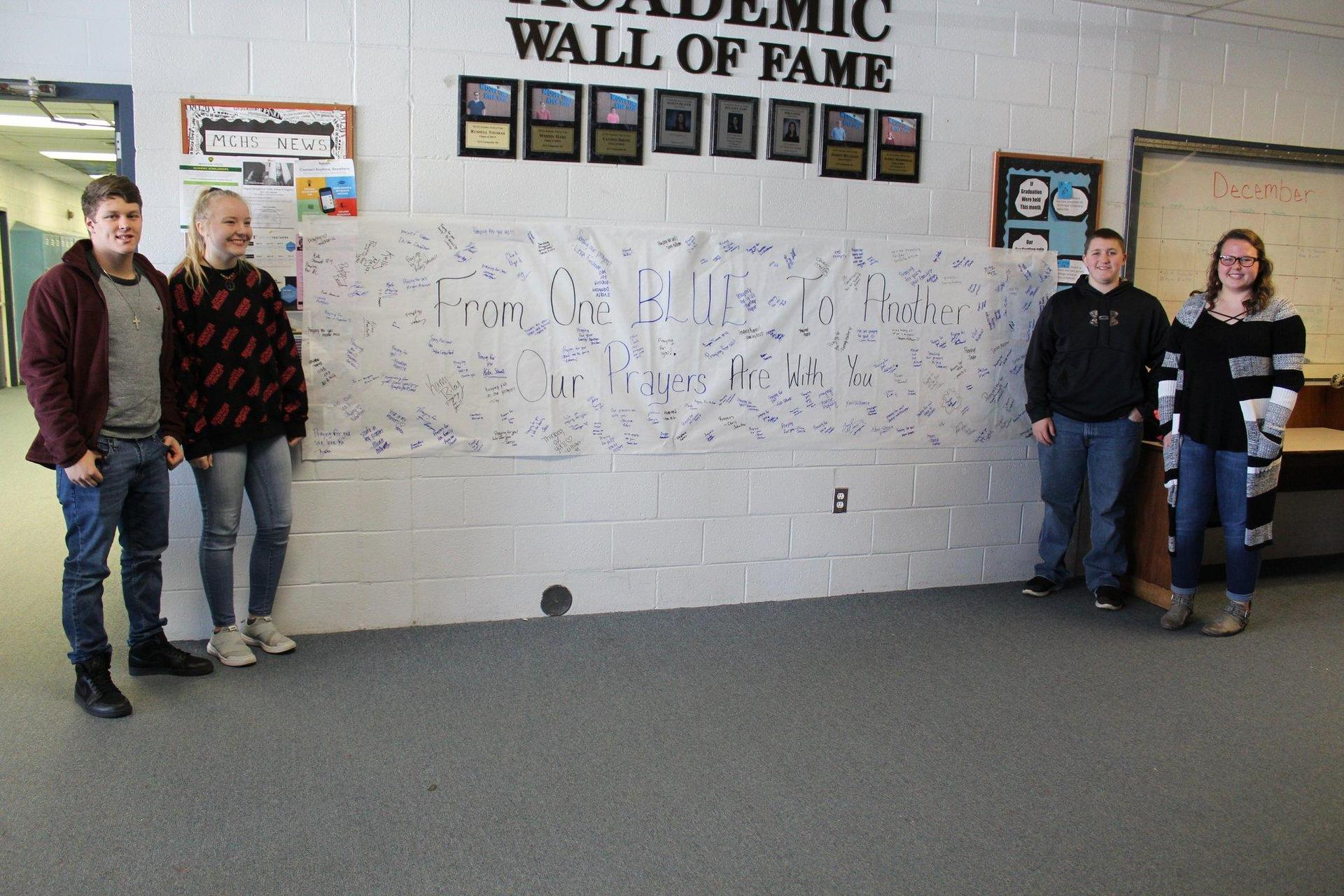 Huntland students with a sign of support