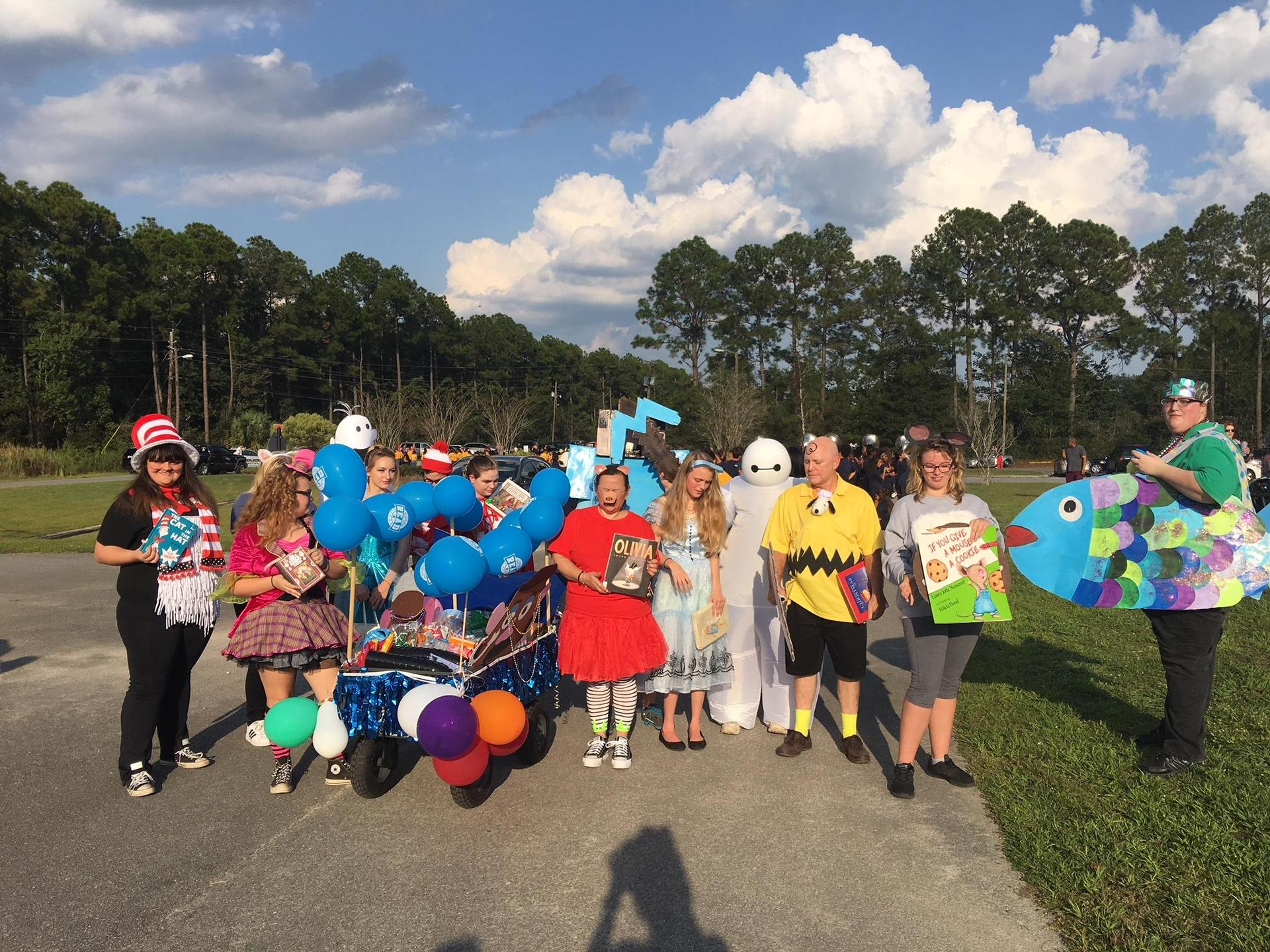 Book Club Homecoming Parade Picture