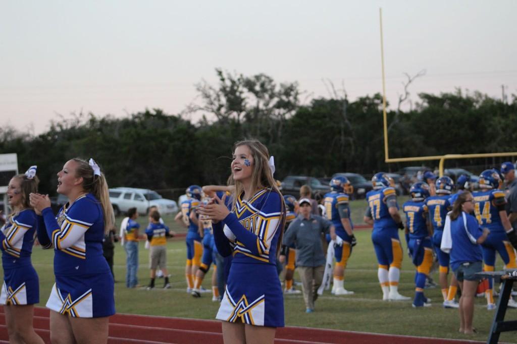 Homecoming 2016 Cheerleaders