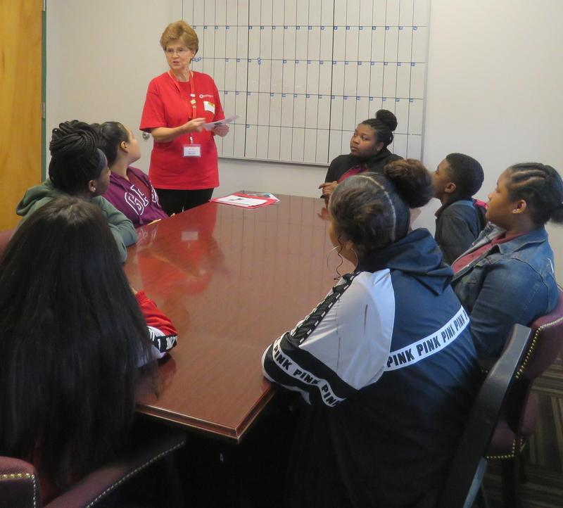 Pro-Team students and Red Cross representative