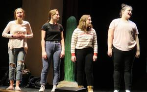 TKHS students prepare for the upcoming spring musical.