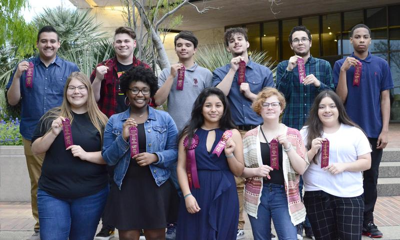 WOSH Students work at Stark Museum Exhibit