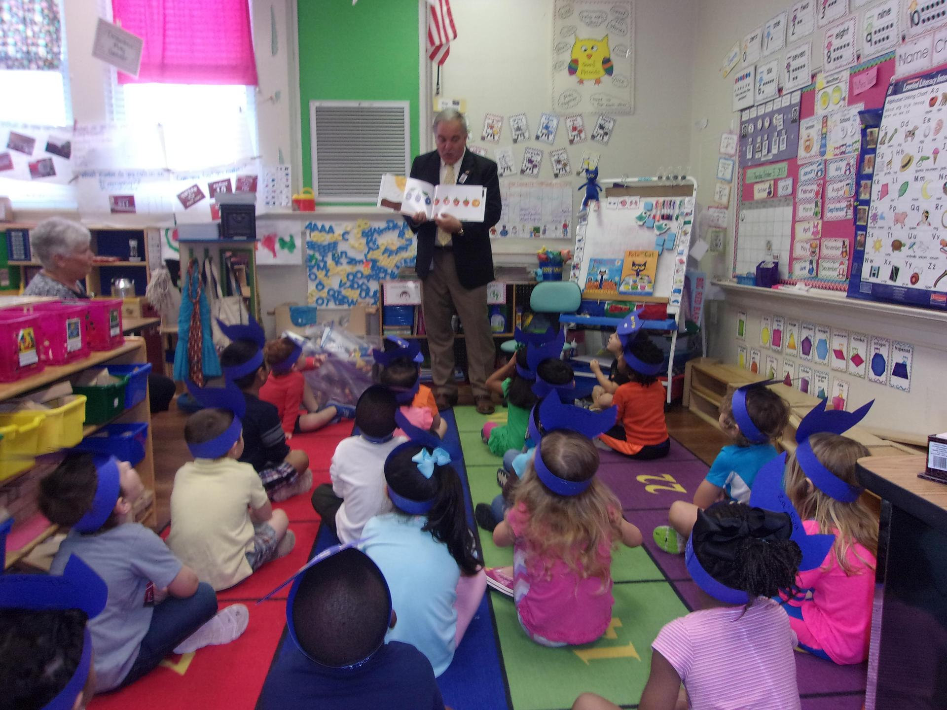 tift County Pre K students have a special reader