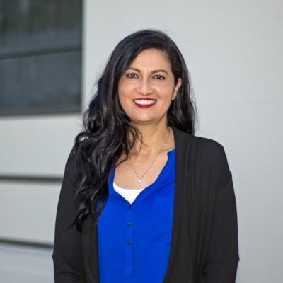 Photo of employee Lorena Duran