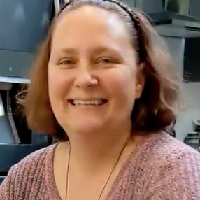 Jennifer Pozniak's Profile Photo