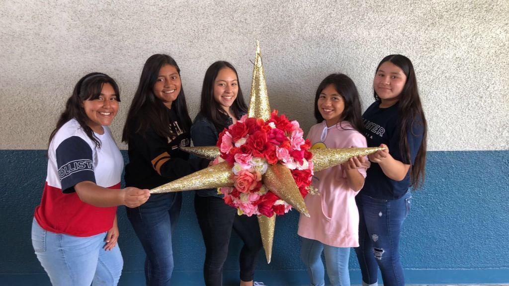 1st Place Winners of Pinata Contest