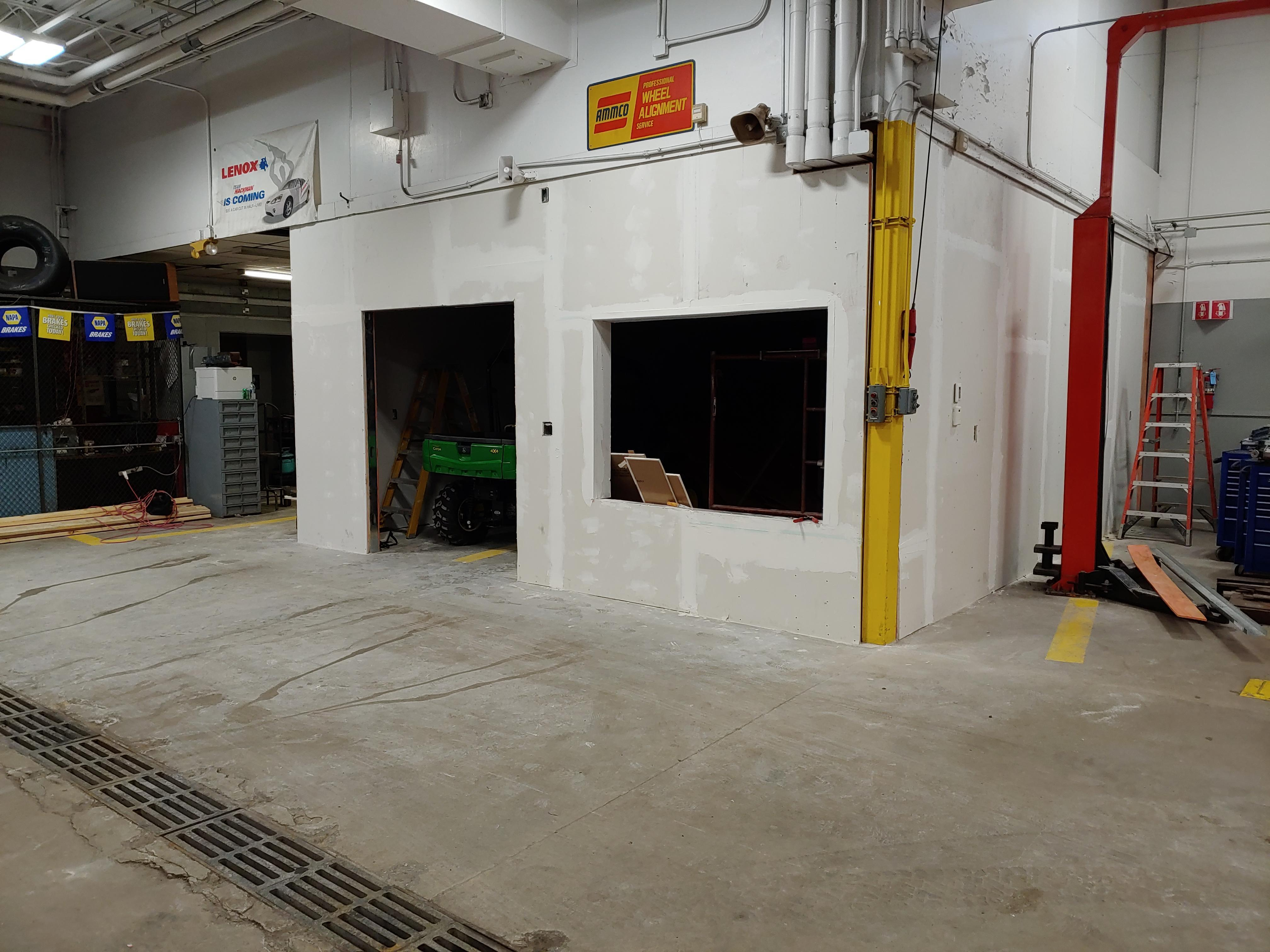 New tool room in Auto shop