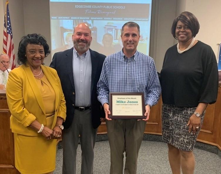 Jones recognized as ECPS Employee of the Month Featured Photo