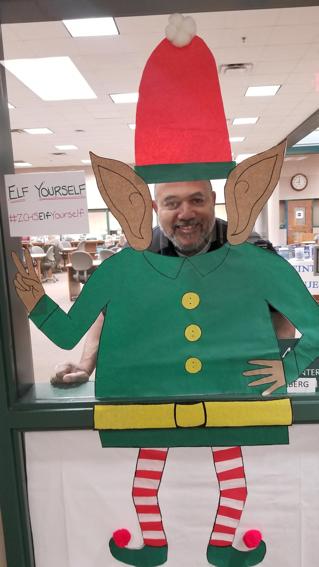 Mr. Nibbs 'Elfed' himself!