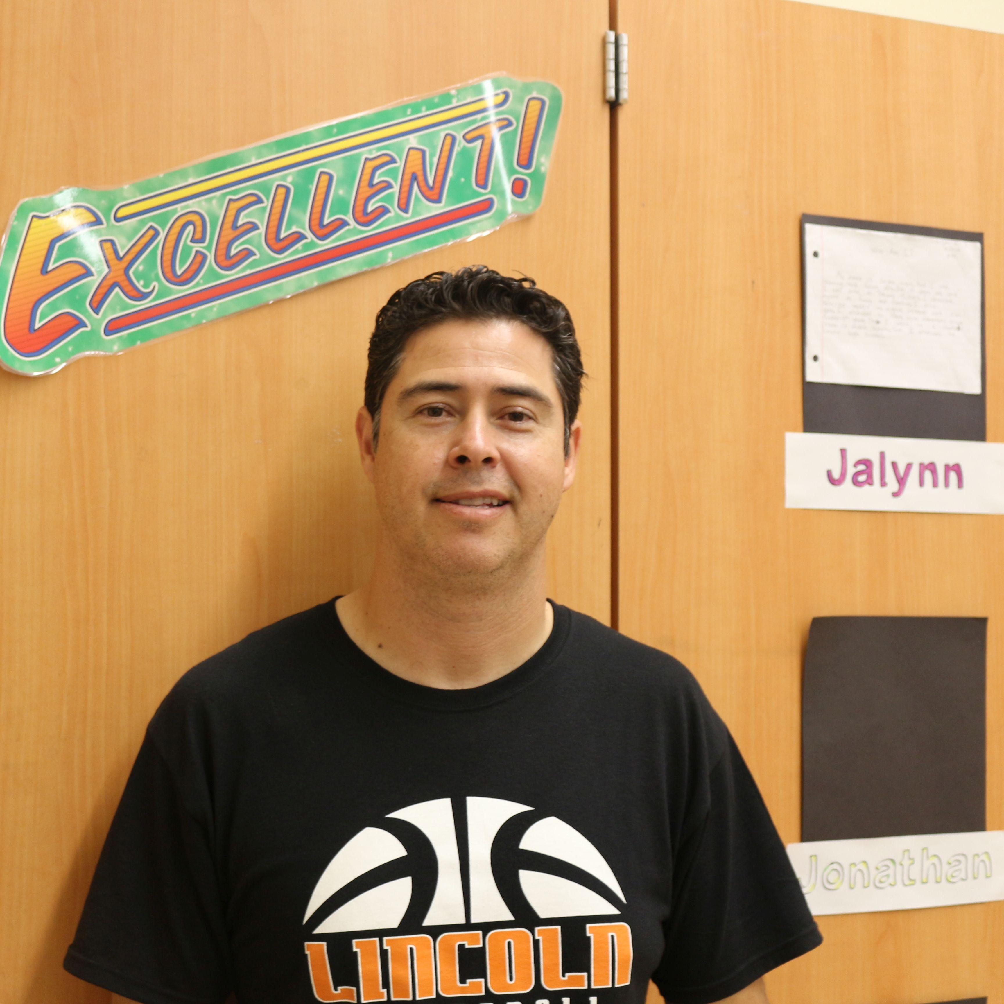 Salvador Mendoza's Profile Photo