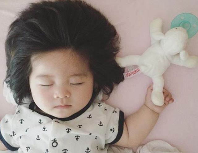 Senior Baby Photo Time! Thumbnail Image