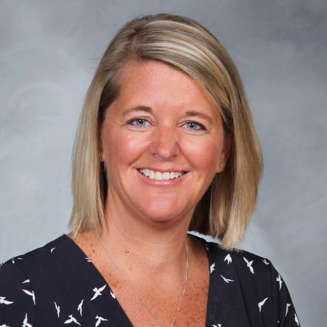 Elizabeth DeCourcey's Profile Photo