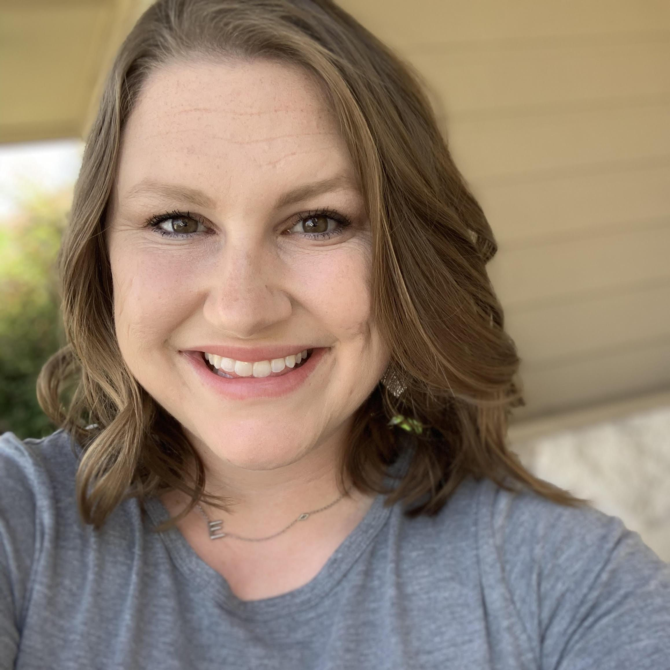 Cassandra Courtney's Profile Photo