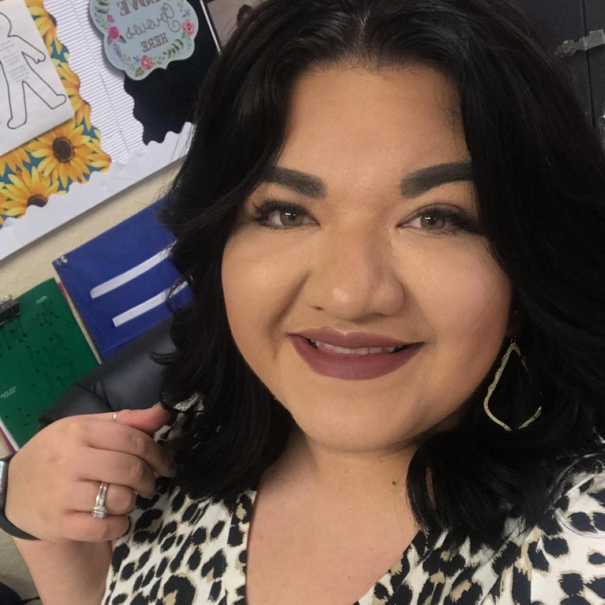 Mayra Robles's Profile Photo