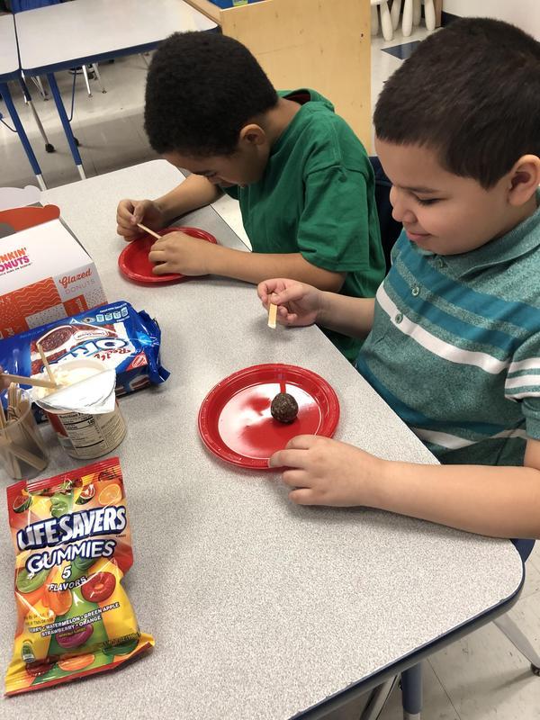 kids having sweet treats