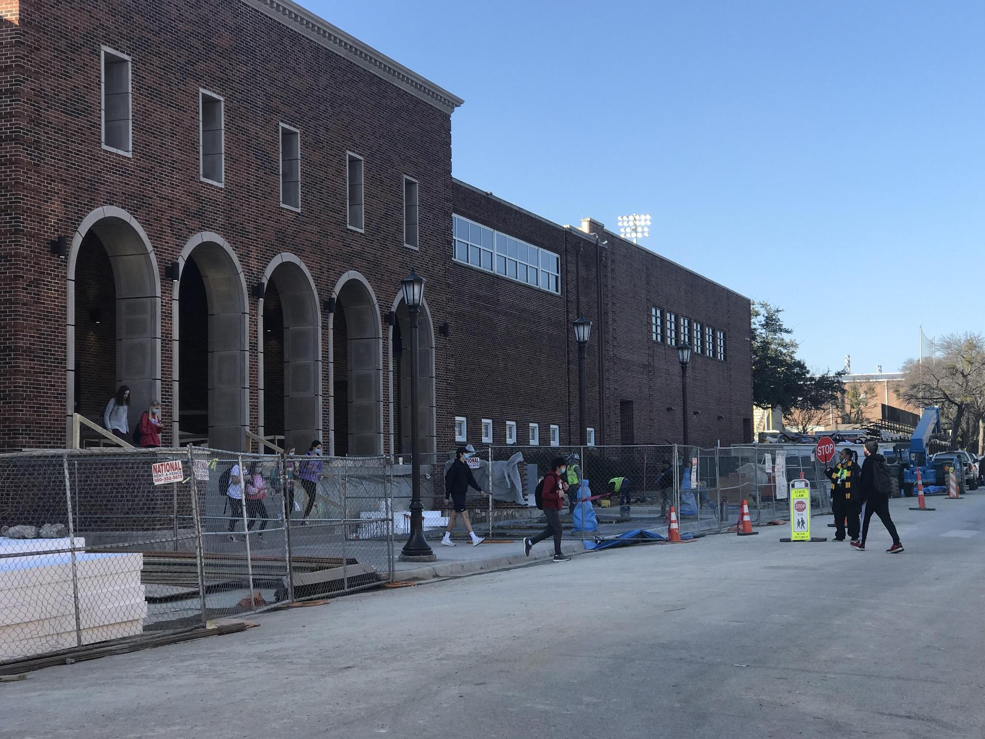 HPHS New Entry Construction