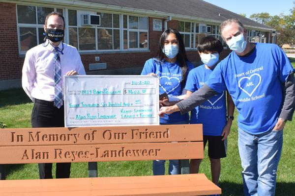 Reyes-Landeweer fundraiser a success Thumbnail Image