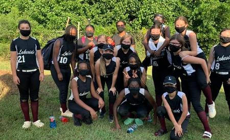 LMS softball team picture