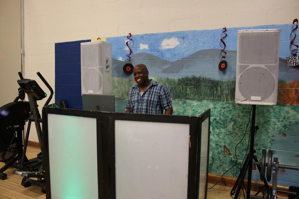 Staff enjoying DSP Week (DJ)