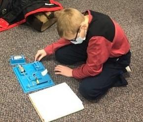 Fifth Grade Studies Circuits Featured Photo