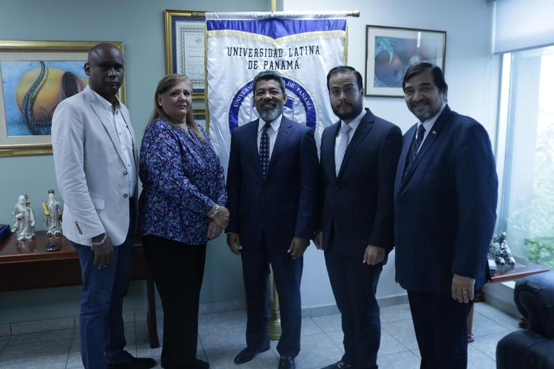 Firma de Convenio BDO & ULATINA Featured Photo
