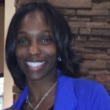 Mia Lakes's Profile Photo