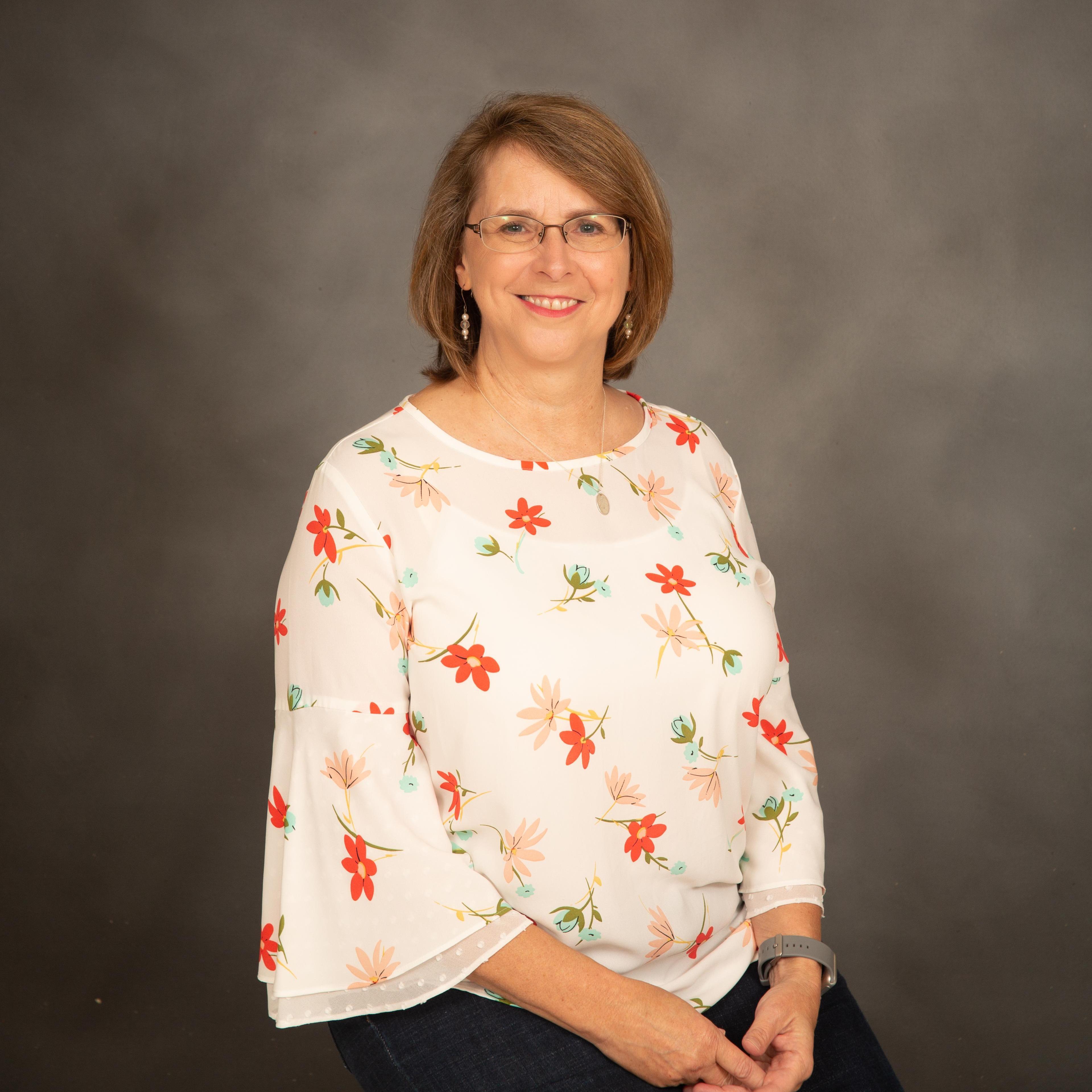 Suzie Dean's Profile Photo
