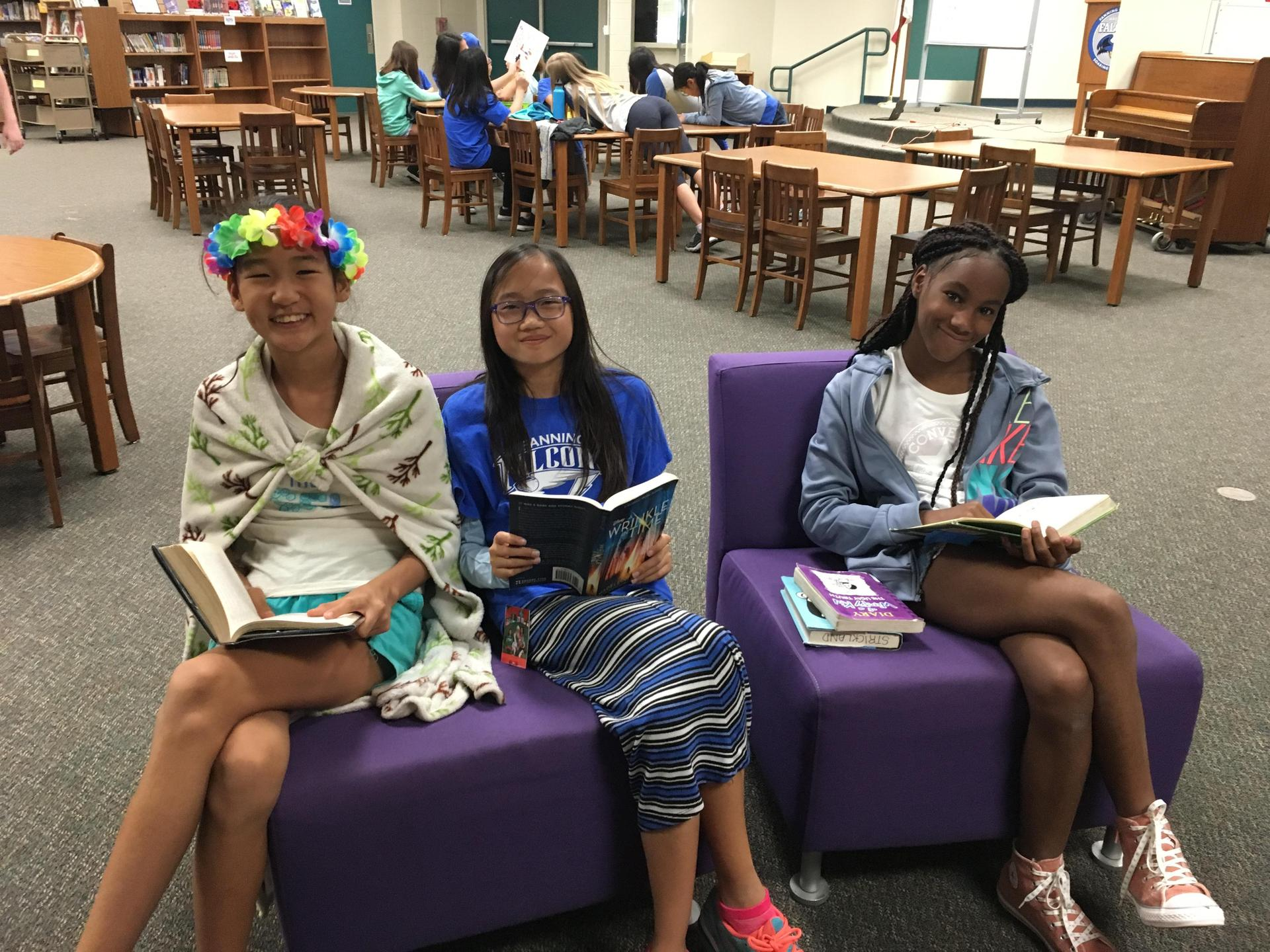 What's better than reading with friends?!
