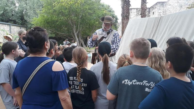 Third and Fourth Graders Visit Alamo Featured Photo