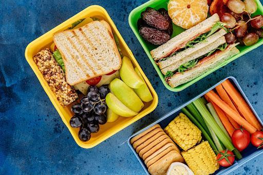 Photograph of cafeteria lunches.