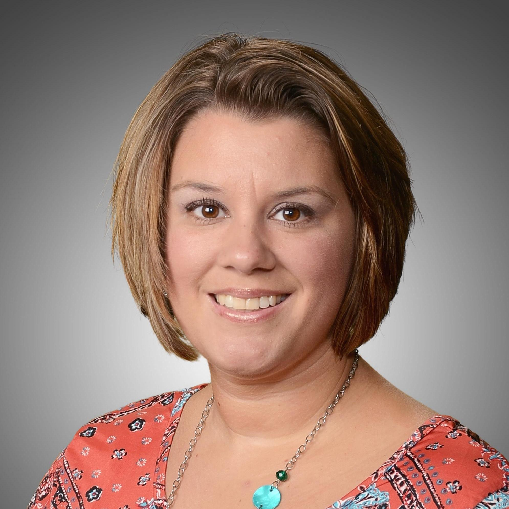 Jennifer Rhoades's Profile Photo