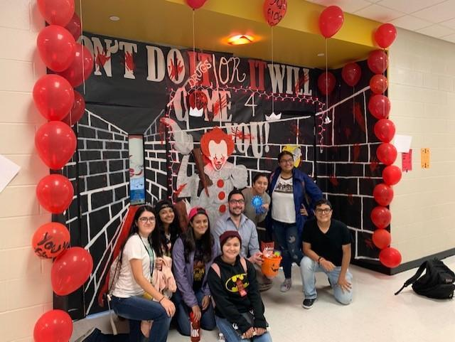 Red Ribbon Week Door Decorating Contest Featured Photo