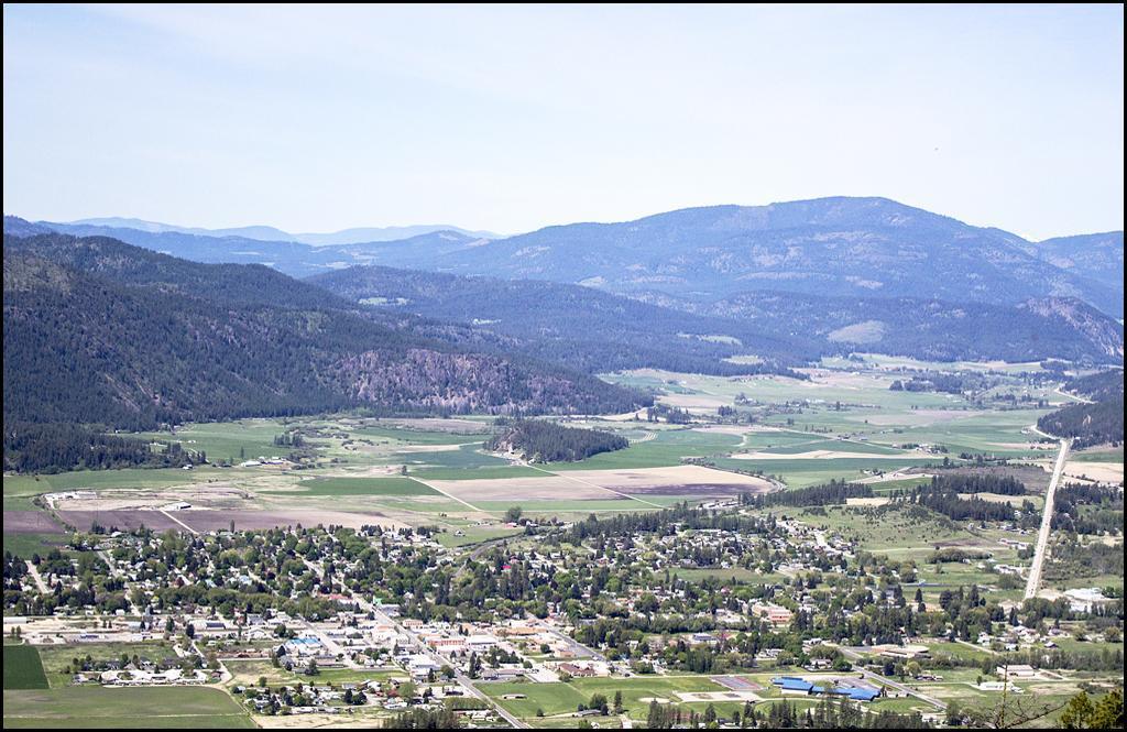 Chewelah Valley